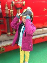 Julia gillar brandutrustning