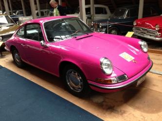 Porsche som har varit polisbil