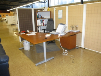 Arbetsplats / Konttorihuonekaluja