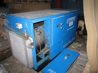 Skruvkompressor / Ruuvikompressori