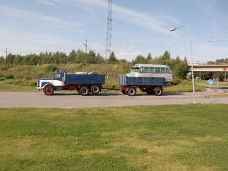 Conny och Jane lämnar Boden med Christers buss - mot Pärlrallyt i Skåne