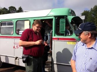 Busshistoriker från Finland åkte i Christer Bergdahls fina buss