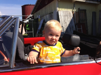 Victor gillar bilar